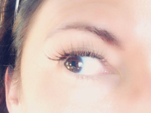 Check it: flirty lashes in an instant.