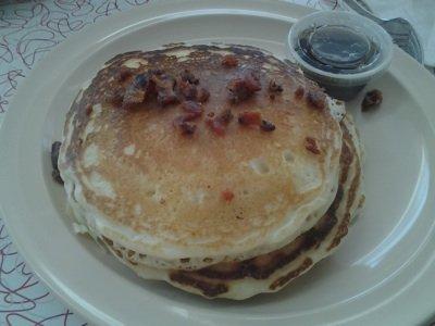 bryants pancakes sm horizontal.jpg