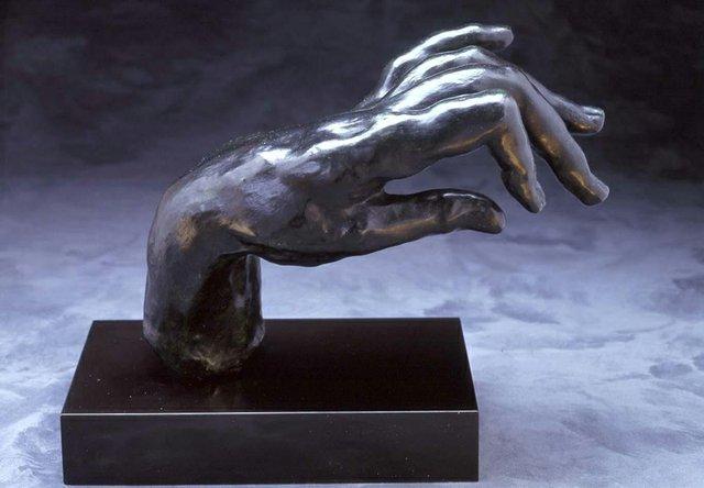 1488-Hand-Pianist-color.jpg