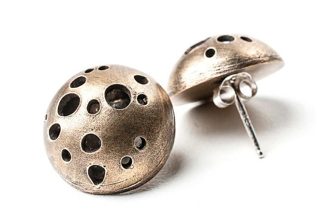 9658-becca_belz-_constellation_earrings3.jpg