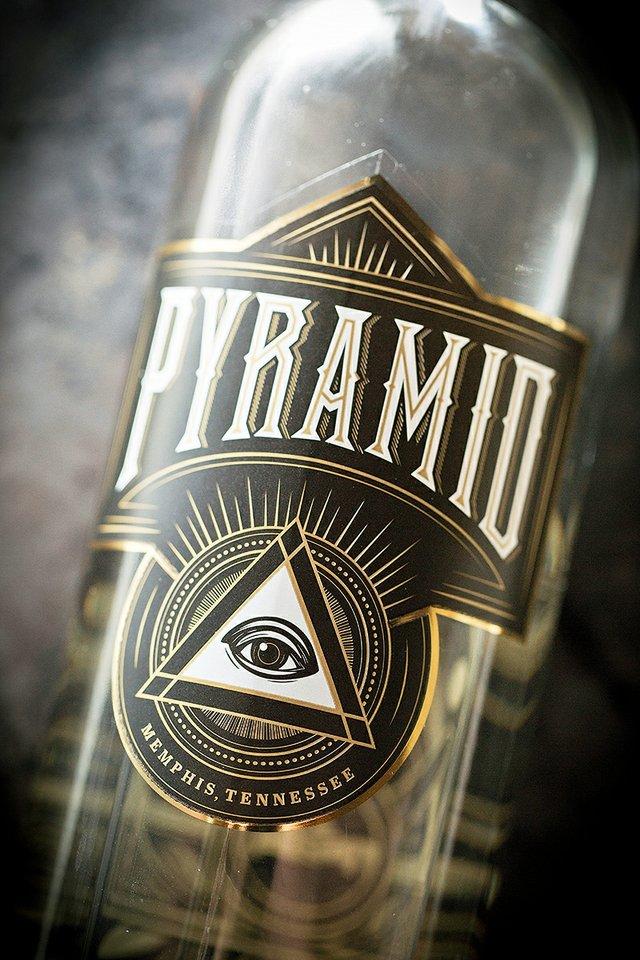 pyramid5372.jpg