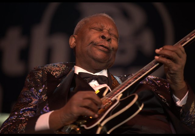 "B.B. King performing in 2009 with the guitar he named ""Lucille"""