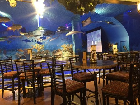 Fish bar tables sm1.jpg