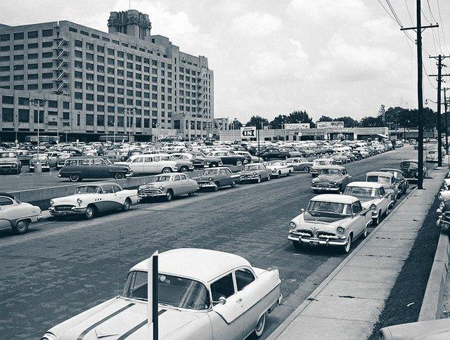Sears_Crosstown-4.jpg