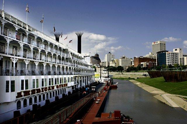 Riverboat01.jpg
