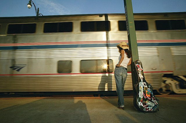 Midnight_Train_to_Memphis_SwaEZGrDnoS9qQi4a0inWbp_rgb_l.jpg