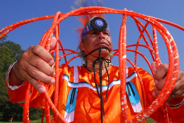 Native American hoop dancer Lyndon Alec will perform on Saturday at the Eagle Fest in Akabutla.